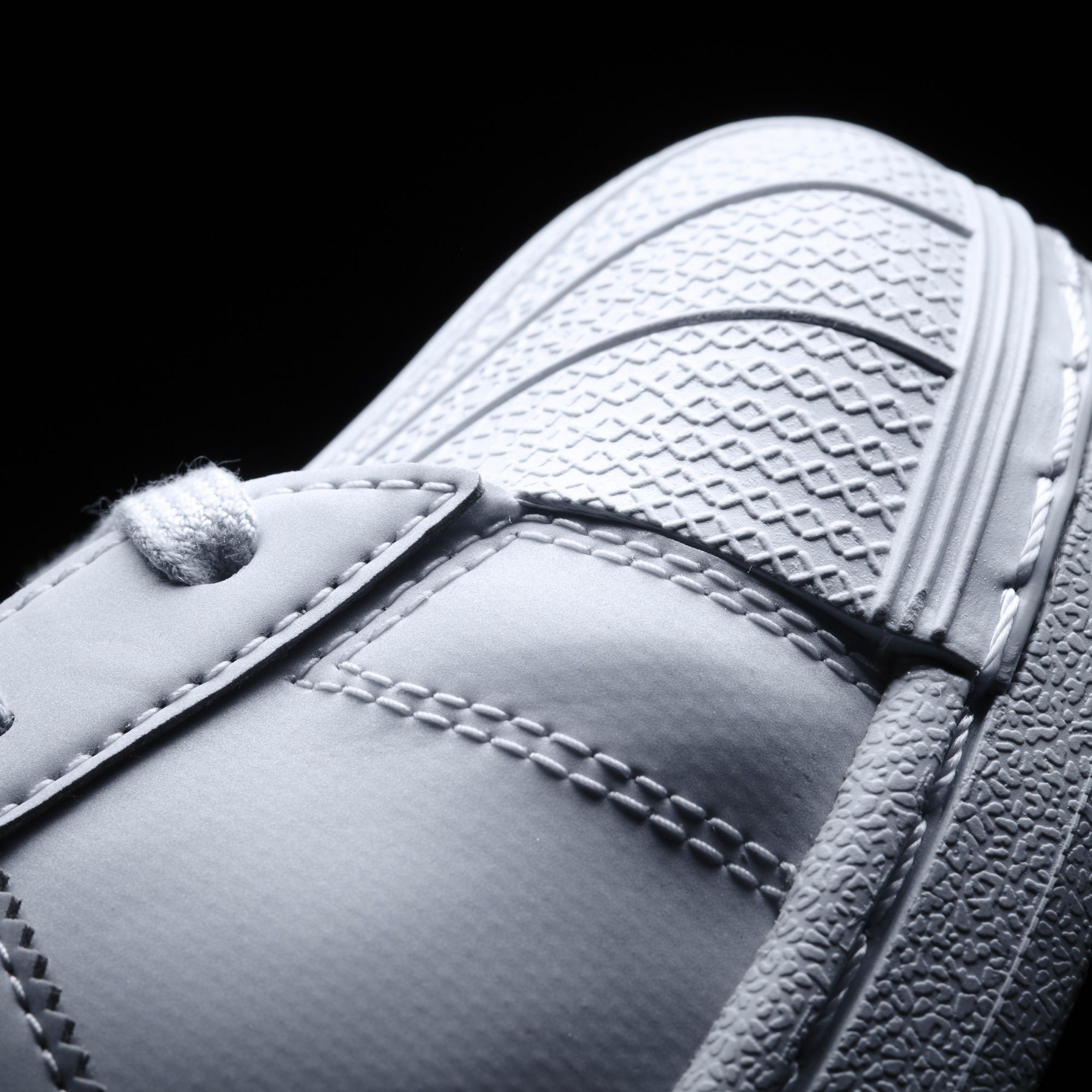 SNIPES adidas Superstar und Stan Smith aus der Adicolor Serie