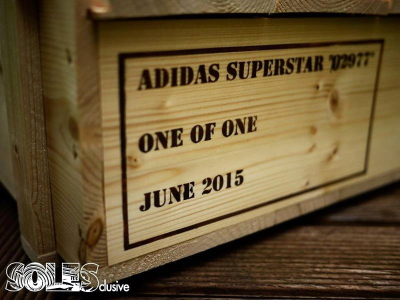 "Superstar 2 x Solesclusive ""02977"""